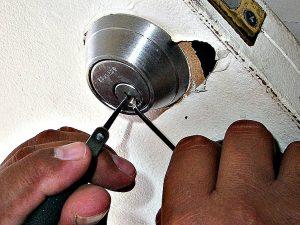 Ouverture de porte par un serrurier niçois