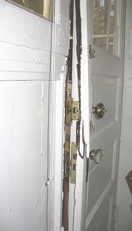 blinder une porte amazing with blinder une porte poser une porte blinde with blinder une porte. Black Bedroom Furniture Sets. Home Design Ideas